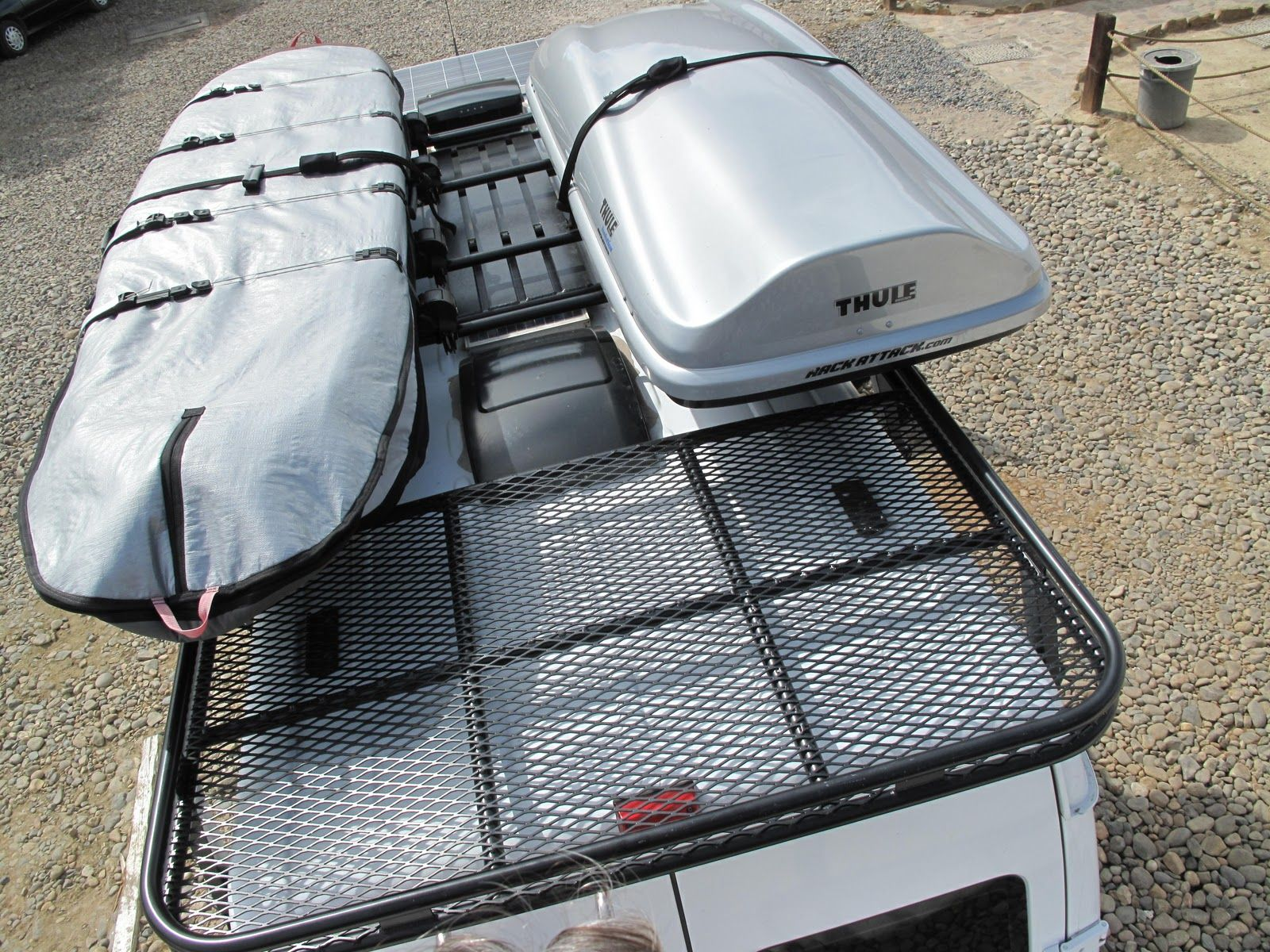 Roof Rack with surfboard and Thule box. | Sprinter ...