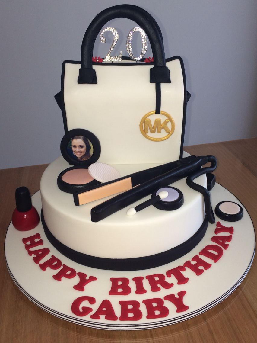 Custom Birthday Cakes Regina