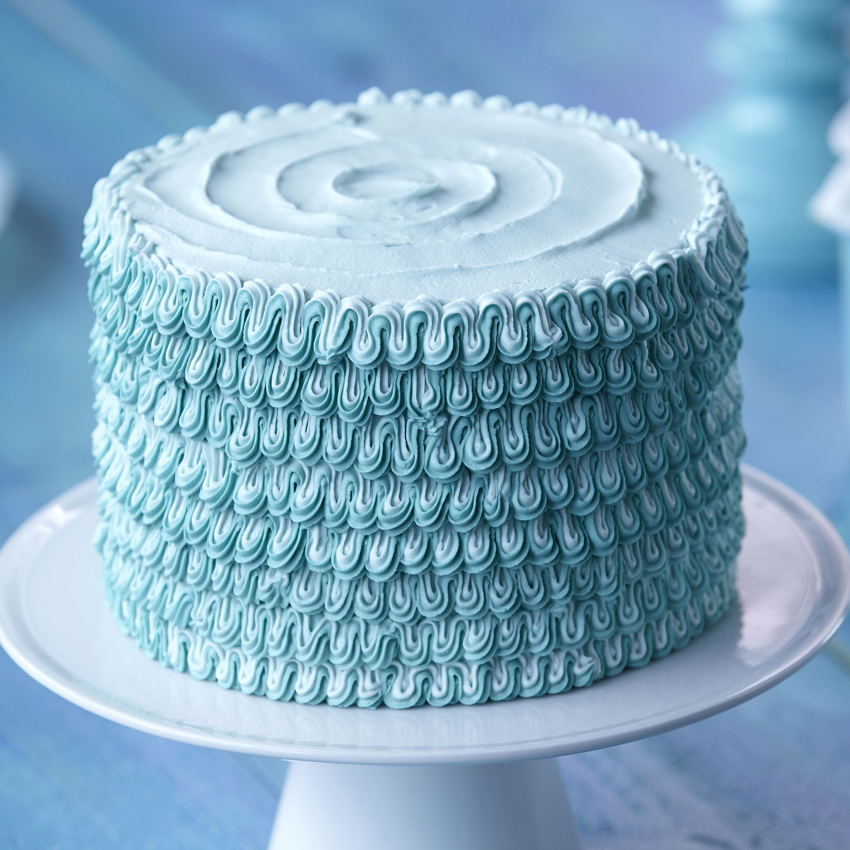 The Wilton Method of Cake Decorating Course 1 Building Buttercream