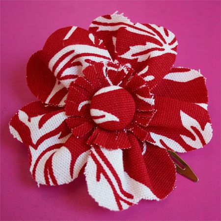 Cute and easy tutorial to make fabric flowers for hair clips, pins, decor - anywhere you want to attach a flower!