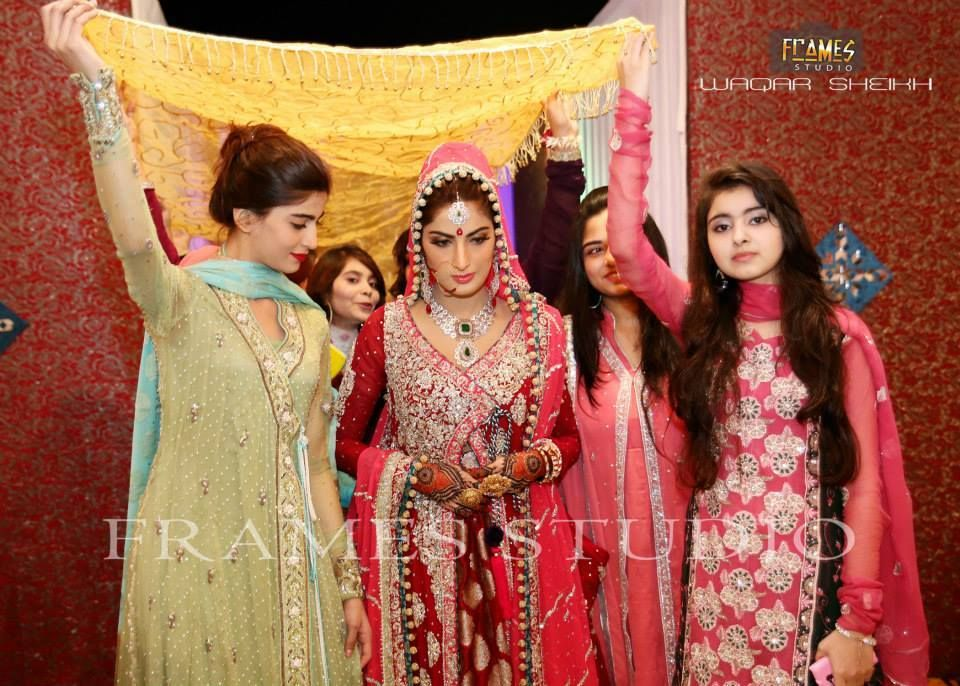Sana Khan And Babar Khan Nikkah Pictures Wedding