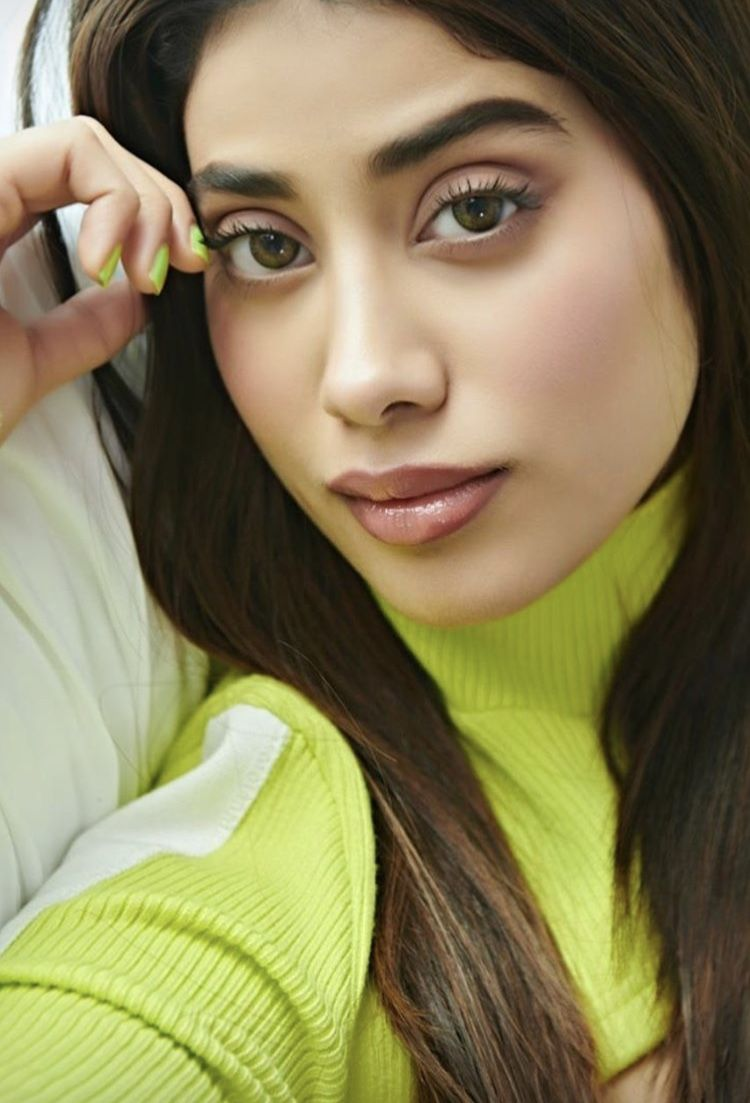 Makeup tips in urdu - artist promo - Makeup Lips Face Eyes