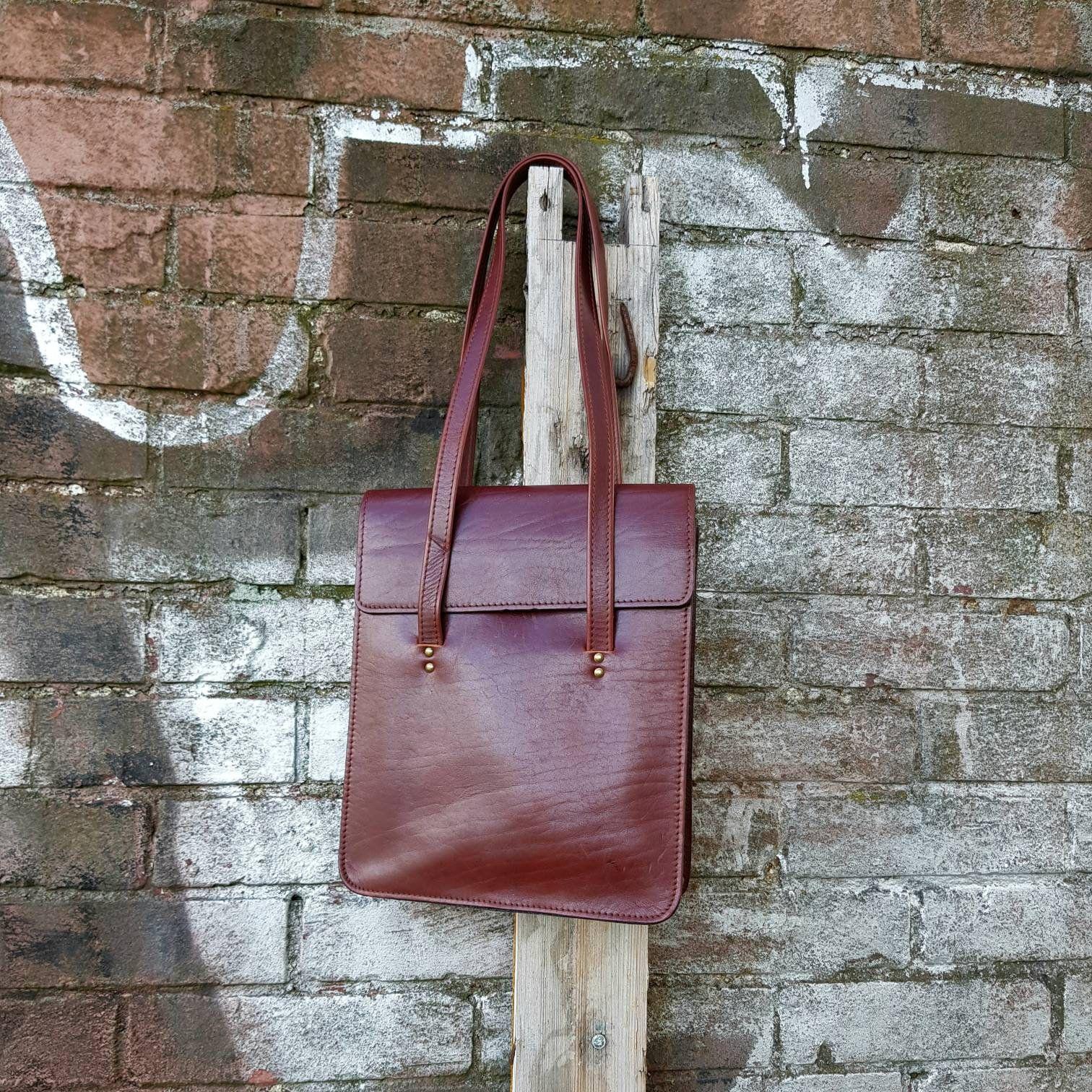 TAUPE Genuine leather woman handbag shoulder bag embossed lizard.Made in Italy