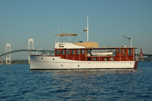 1928 Length: 50' Engine/Fuel Type: Single Located In