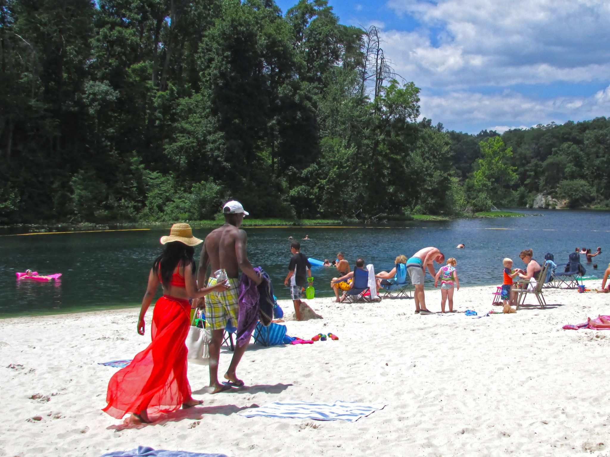 While Kentucky Might Not Be Thought Of As A Beach Destination Several Kentucky State Parks Have Beaches Set In Lake Locat Beach Road Trip Kentucky Travel Trip