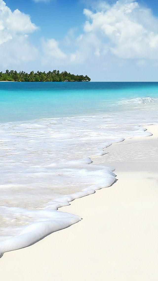 Playas de arena blanca y mar azul en Maidivas