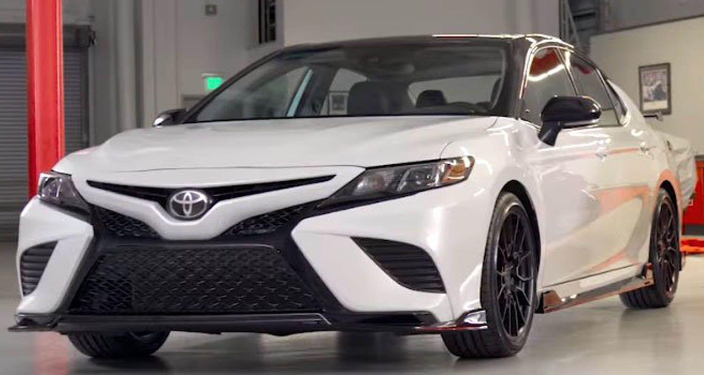 Http Wheelz Me Toyota Camry Trd تويوتا كامري تي أر دي 2019 النسخة الرياضية من السيدان العريقة Camry Toyota Toyota Camry