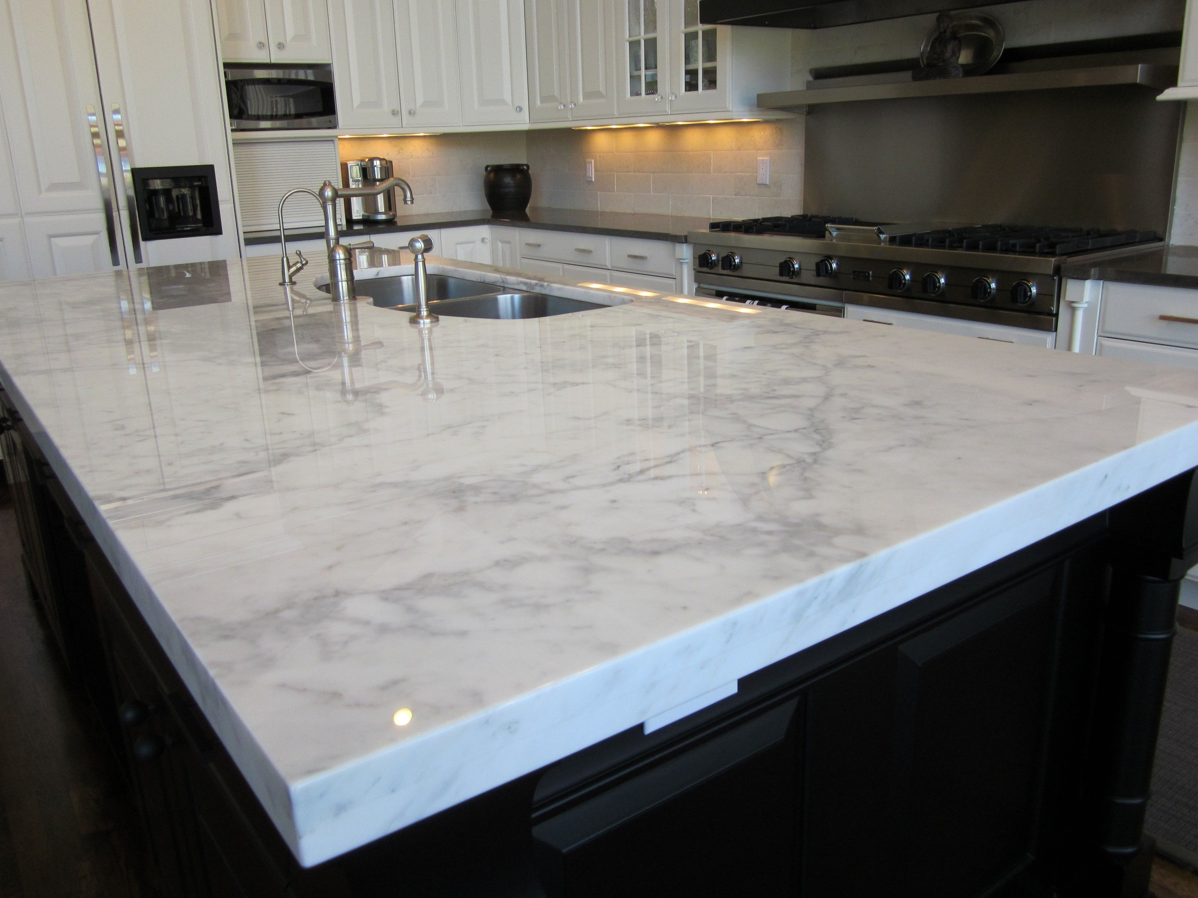 Black Glossy Granite Countertop White Granite Countertops Kitchens ...