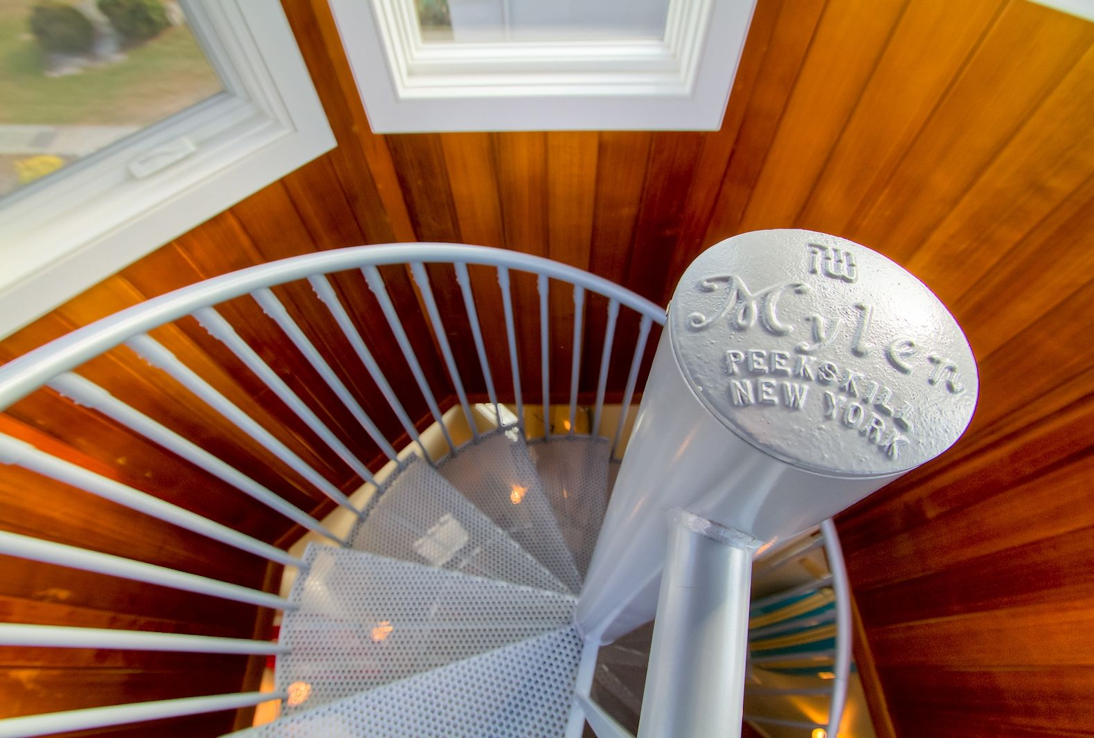 Best Residential Spiral Stair To An Observation Deck Ct 640 x 480