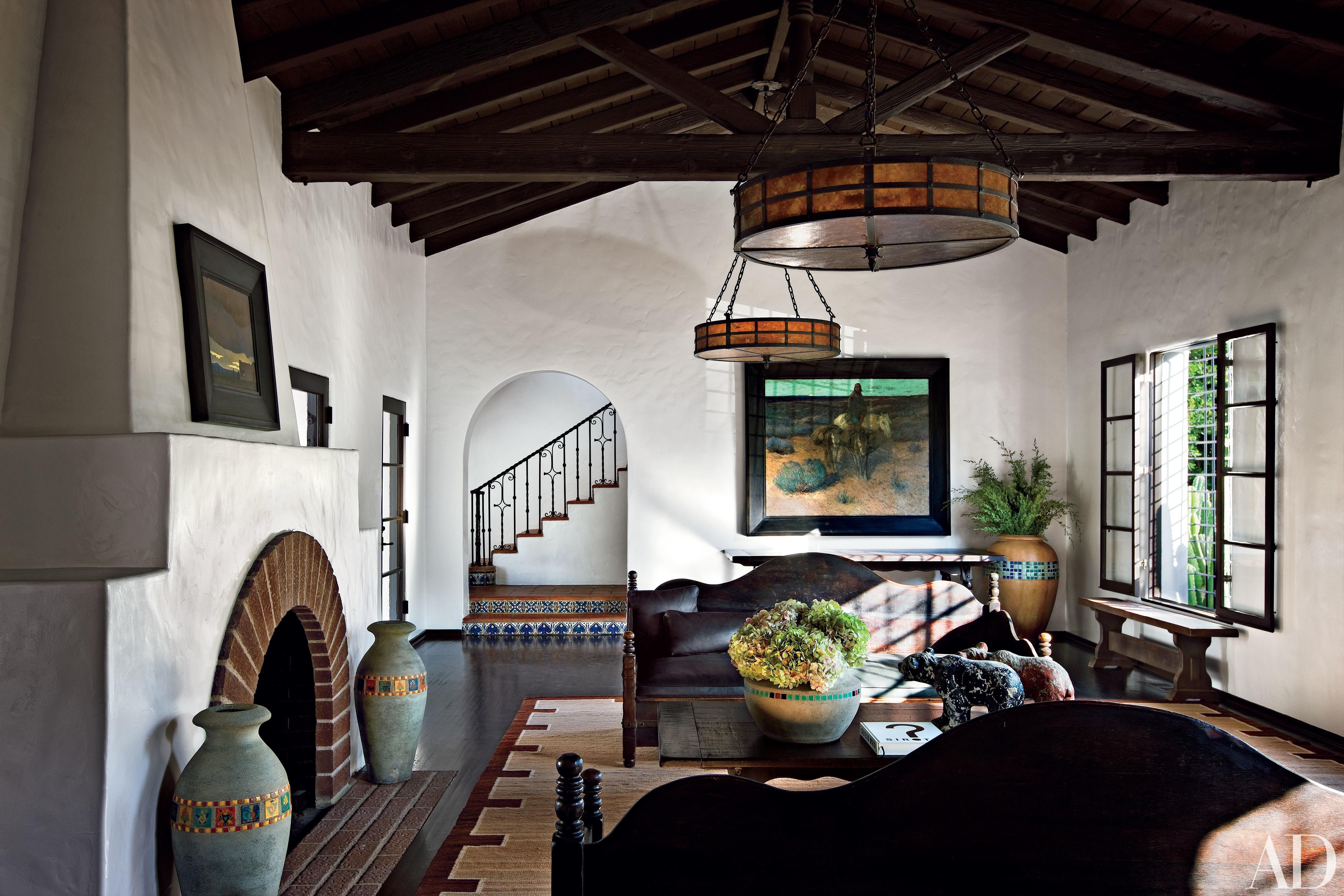Take A Peek Inside 25 Living Rooms In Actors Homes Spanish Style Homes Spanish Style Interiors Spanish Colonial Homes #spanish #colonial #living #room