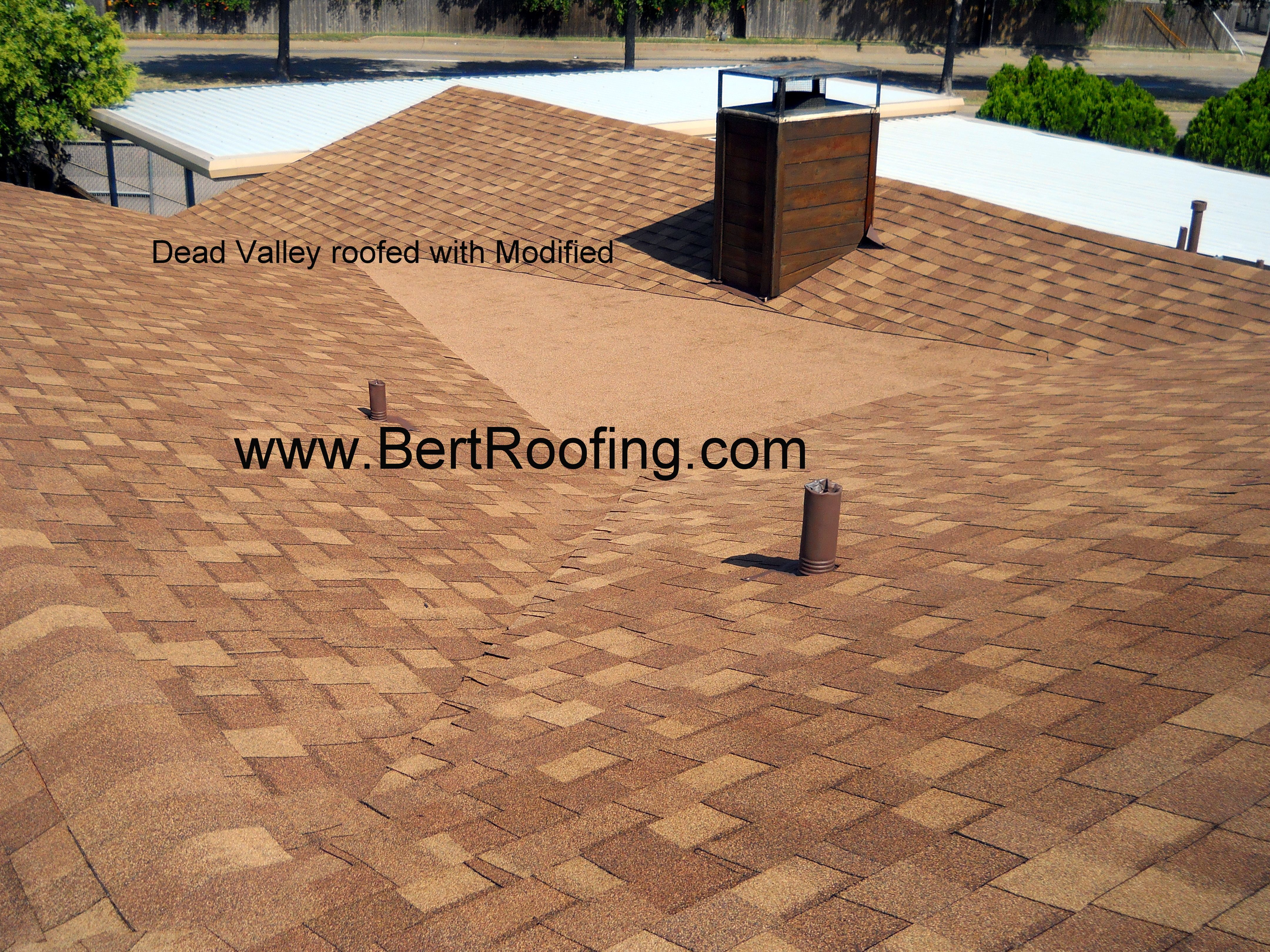 Dead Valley Is A Roof Or Section Of Roof Without Any Pitch Dead Valley Roofed With Modified Bitumen By Bert Roofing In Dallas Sub Roofing Outdoor Decor Roof