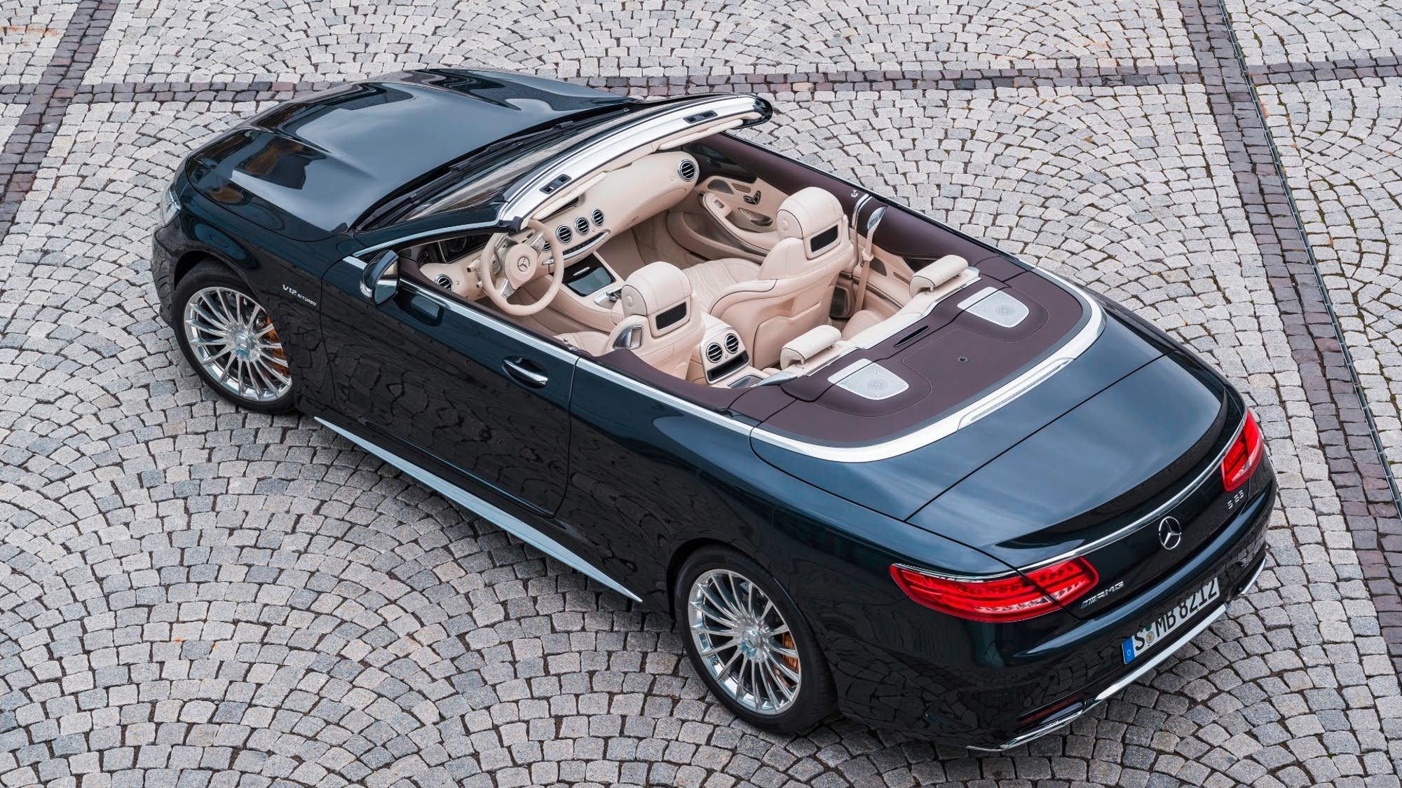 Brabus Rocket 900 Cabrio Becomes World S Fastest Four Seat Convertible Mercedes Benz Convertible Mercedes Convertible Benz
