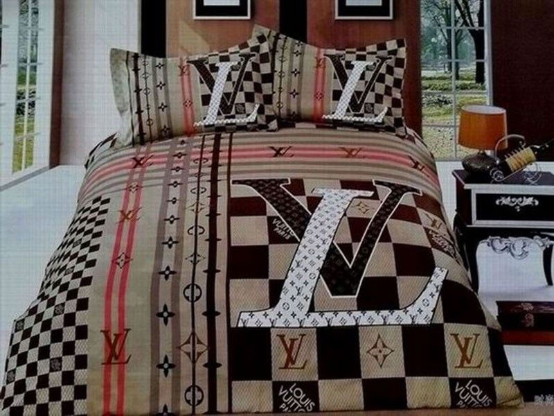 jetzt kaufen louis vuitton lv bettw sche g nstig billig gut preiswert king size seide baumwolle. Black Bedroom Furniture Sets. Home Design Ideas