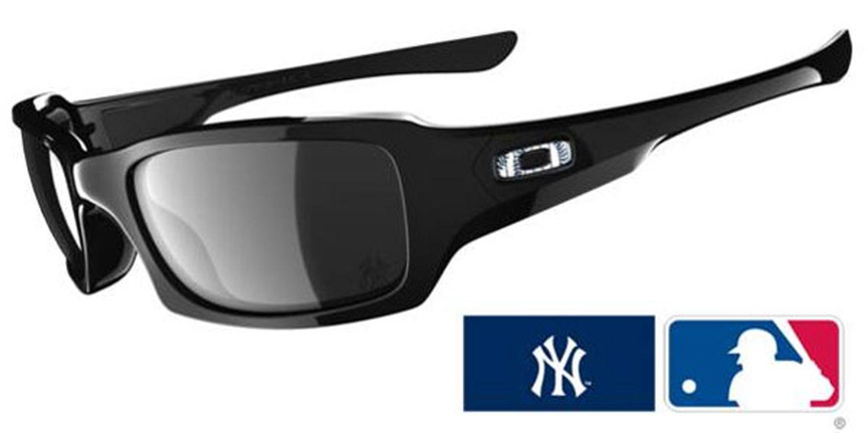 Oakley Major League Baseball Yankees MLB® Fives Squared