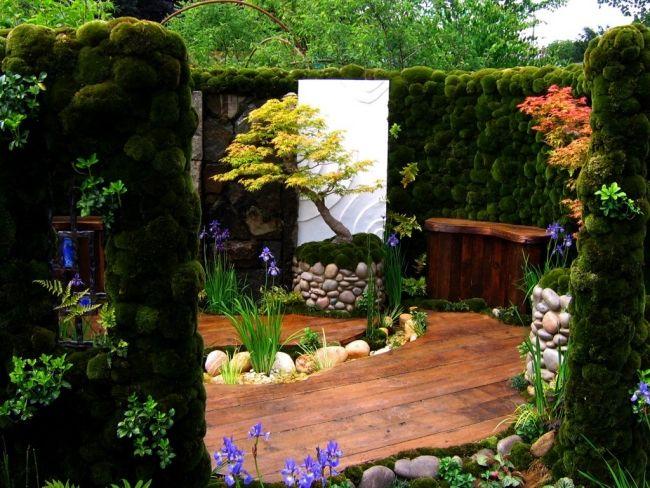 japan garten gestalten holz bodenbelag moos begrünung wände - garten terrasse holz anlegen
