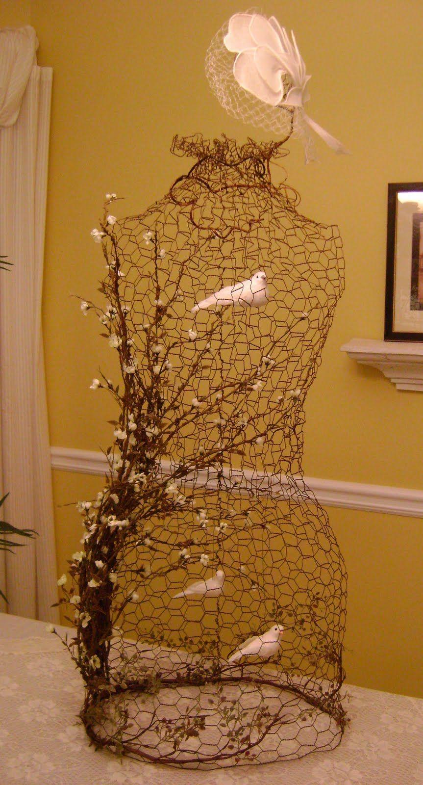 Sassytrash: chicken wire dress form cage | DRESS FORM LOVE | Chicken