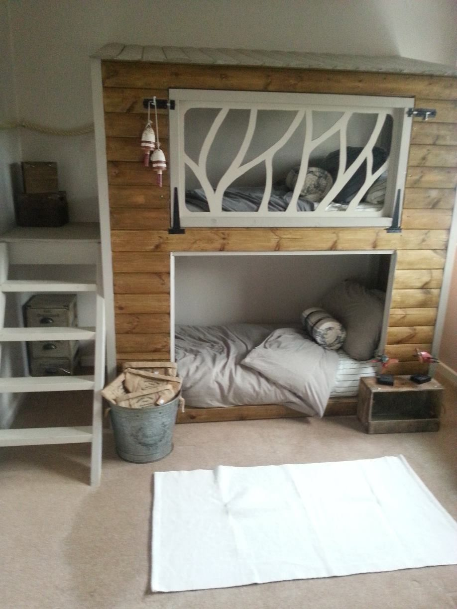 Children's loft bed ideas  Childrenus bedroom ideaif BuB have to share a room  Coisas de