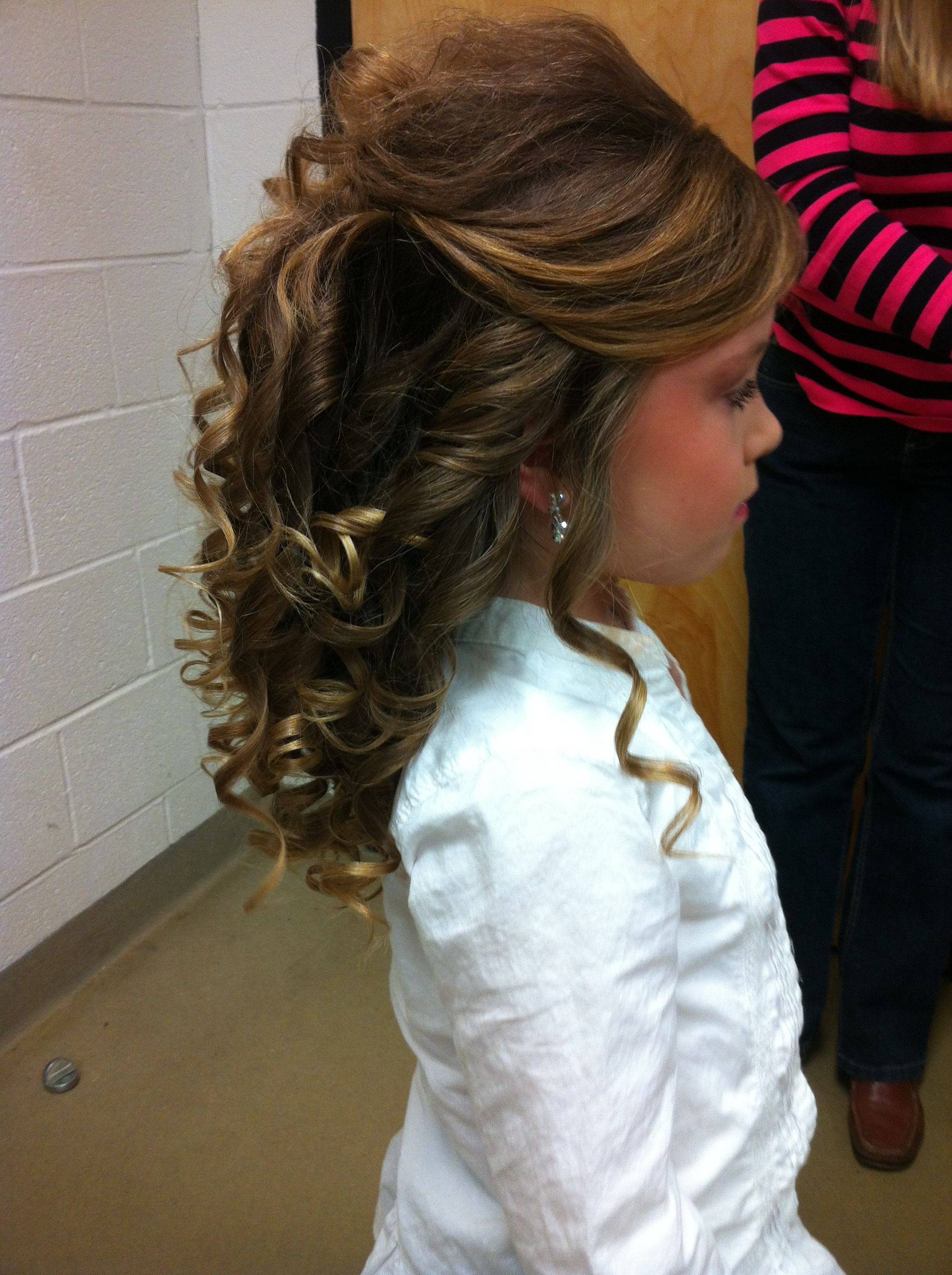 pageant hair. love the side view but the top needs smoothing