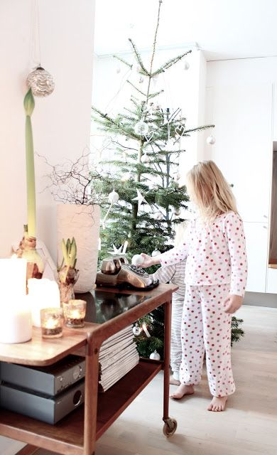 My Scandinavian Home: Our Christmas tree with santas little helpers here in Sweden :)