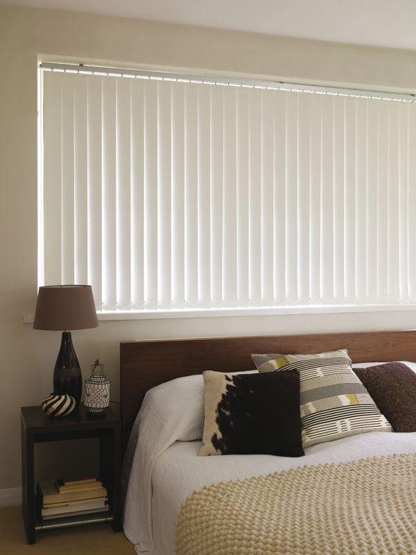 White Blackout Vertical Blinds Ikuzo Curtain Living Room Blinds Blinds Design Outdoor Blinds
