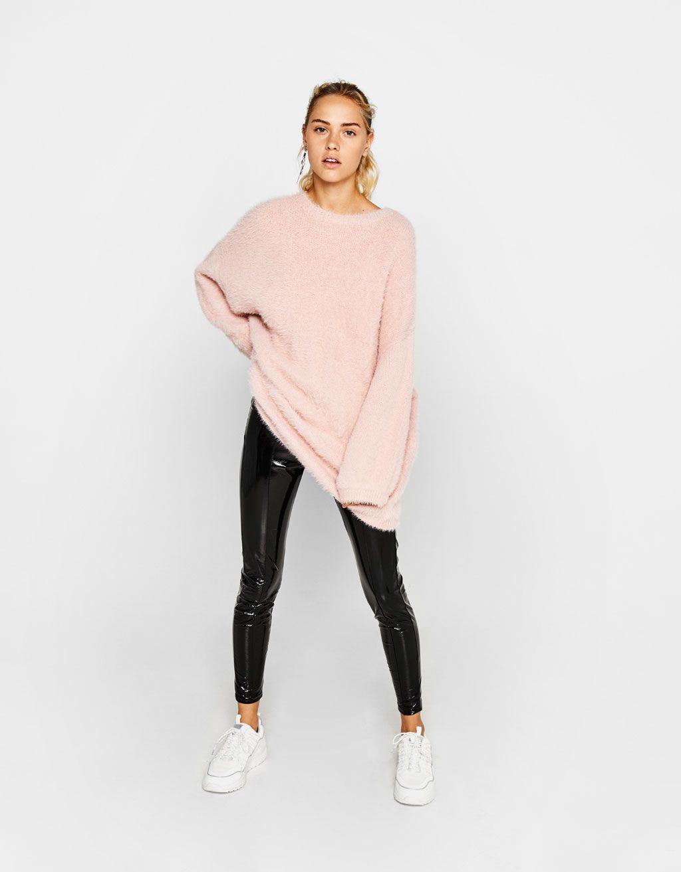 b4710ca22 Oversized fuzzy sweater | Outfits | Sweaters, Knitwear, Latest ...