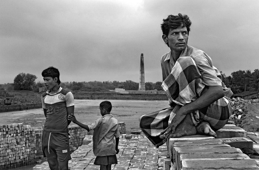 La cinquième édition des Rendez-vous du Havre ouvre ses portes le 29 février. Depuis 2012, la manifestation accueille un photojournaliste et présente son travail au travers d'expositions, de projections et de rencontres. Après Olivier Jobard en 2015, c'est au tour du photographe belge, membre de l'agence Vu' Gaël Turine d'être l'invité de cette année 2016.