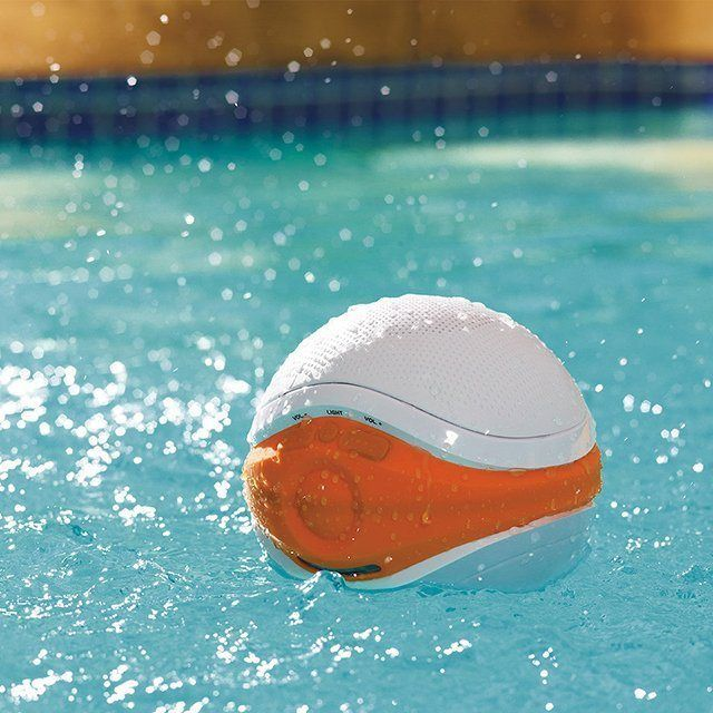 iSplash Floating Speaker, the best for #summer! #tech #gadget #bluetooth #music #smerphone