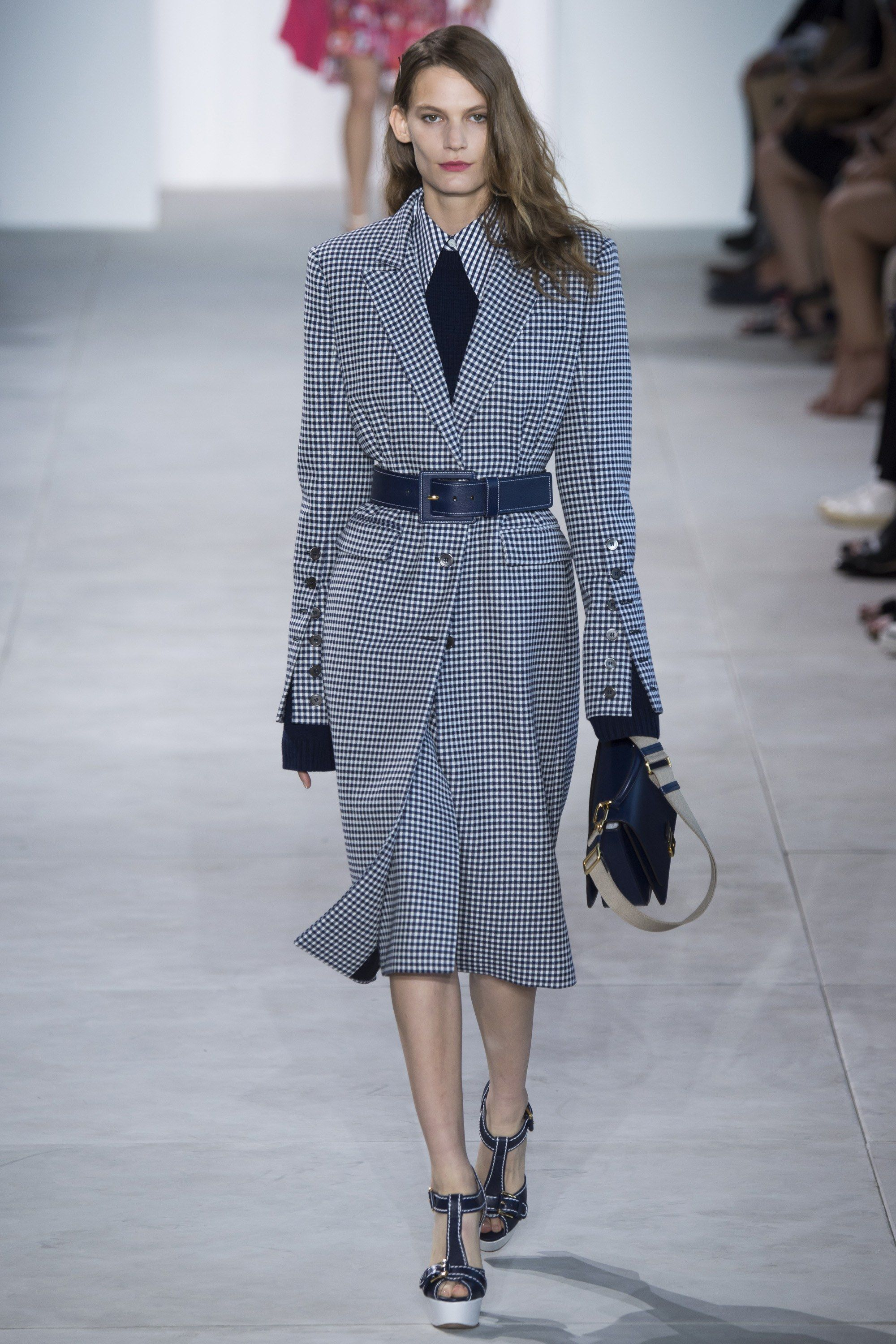 ca8c0b88e7f9 Michael Kors Collection Spring 2017 Ready-to-Wear Fashion Show - Lena Hardt