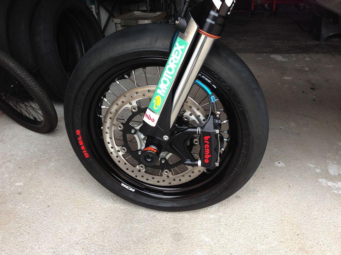 http://derestricted.com/motorcycles/custom-tuned-ktm-690-smc-michael-capuchino