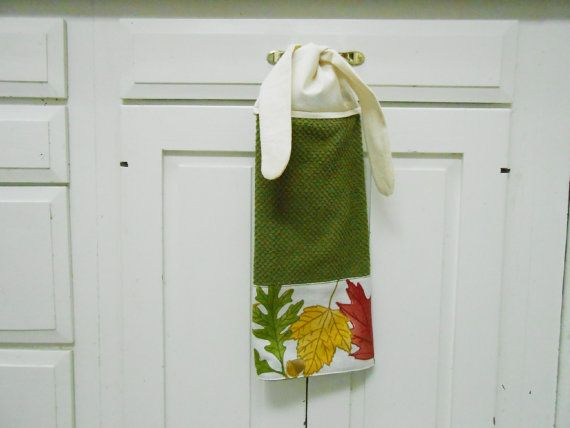 Green Hanging Towel, Fall Dish Towel, Kitchen Hand Towel, Tie On Towel,  Towel With Ties, Hanging Towel, Fall Decor, Kitchen Towel, Handmade