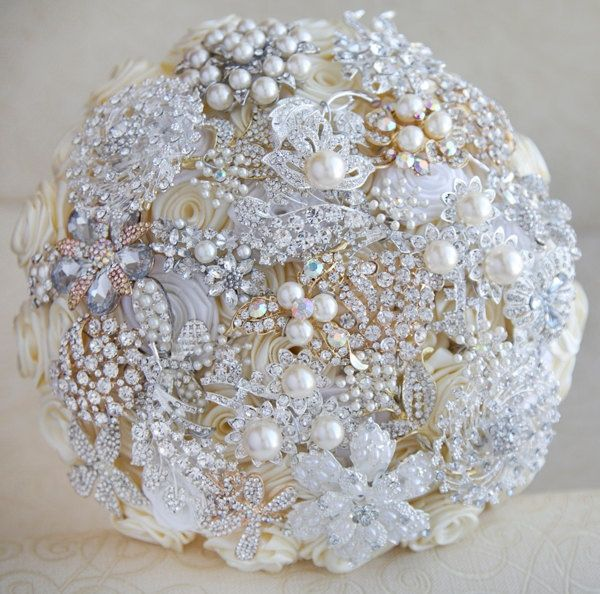 black and gold brooch bouquet gold wedding broochesbrooch bouquet ivory white silver and gold