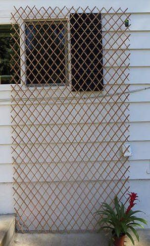 Set Of 2 Pcs Peeled Willow Expandable Lattice Fence 72 H X 72 L Light Mahogany Color Master Garden Products Http Lattice Fence Lattice Fence Panels Lattice
