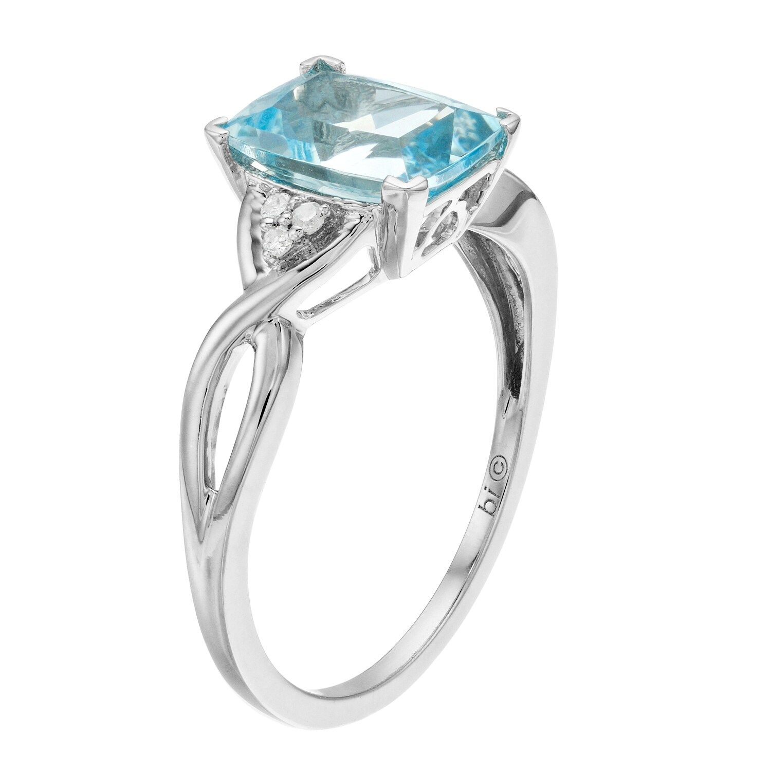 10k White Gold Aquamarine Diamond Accent Ring Affiliate Gold White Aquamarine Ring In 2020 Diamond Accent Ring Diamond Accent Rings