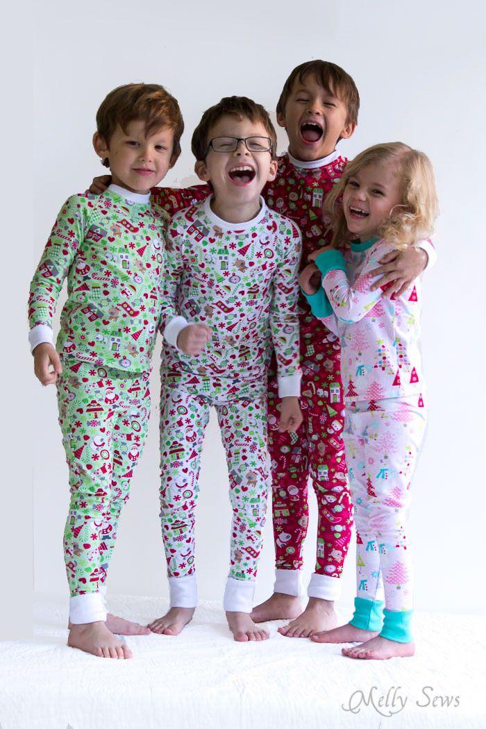 4576d0f1ef Group pajama hug! DIY Sew knit kids Christmas pajamas - with FREE pattern!  - Melly Sews  iloverileyblake  stitchnkitchenblogtour  christmaspajamas ...