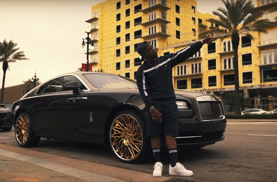 Curren Y Rolls Royce Wraith With Gold Rims Hip Hop Pinterest