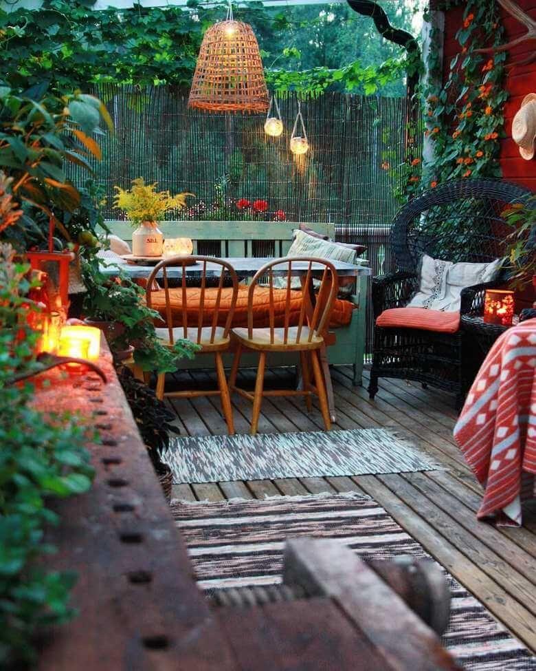 Hippie Boho Garden And Outdoor Living Ideas Hippie Boho Style Backyard Decor Boho Garden Bohemian Garden