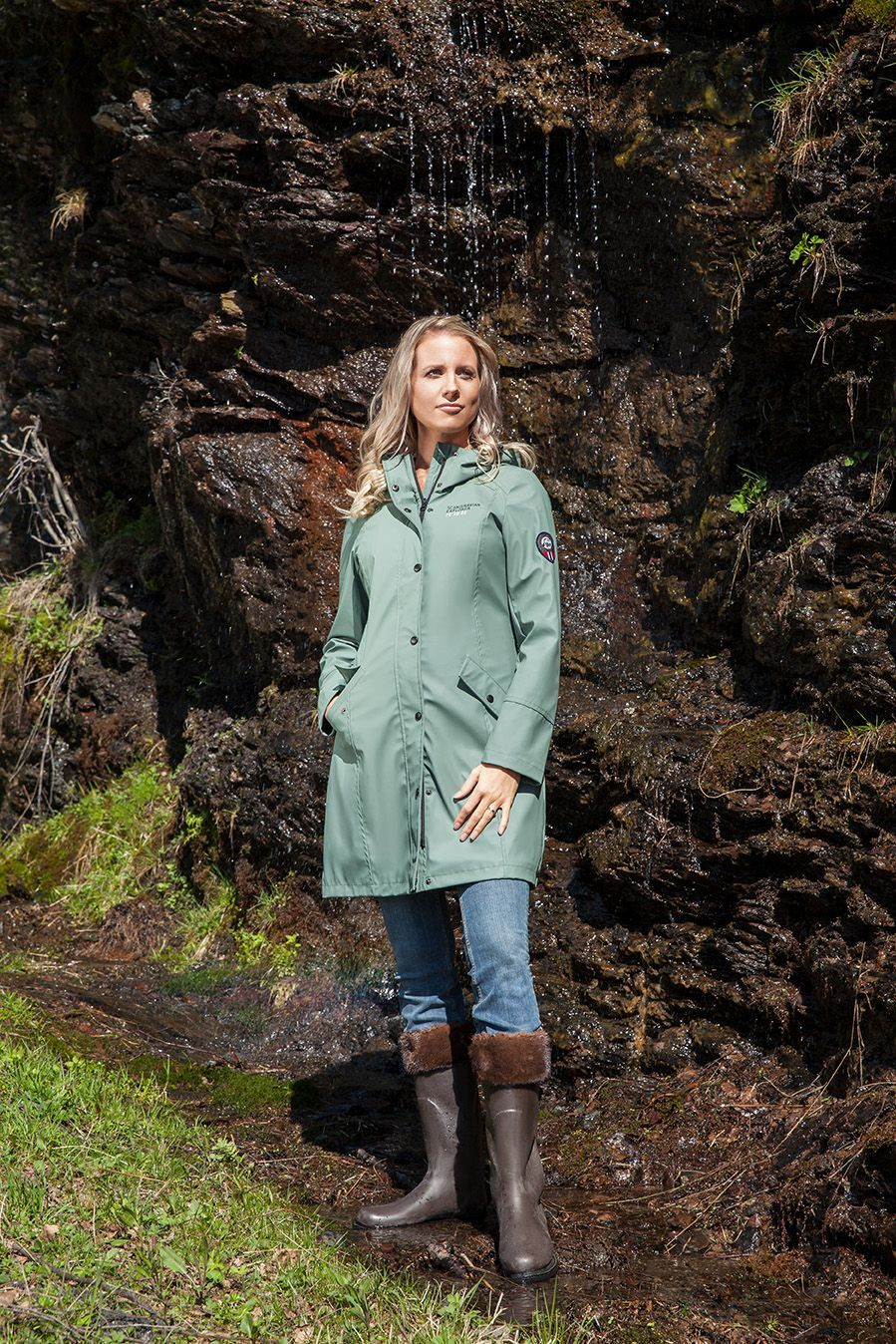 Cherish The Gorgeous Light Green Raincoat By Scandinavian Explorer You Can Get It On Our Webshop Mallofnorway Com
