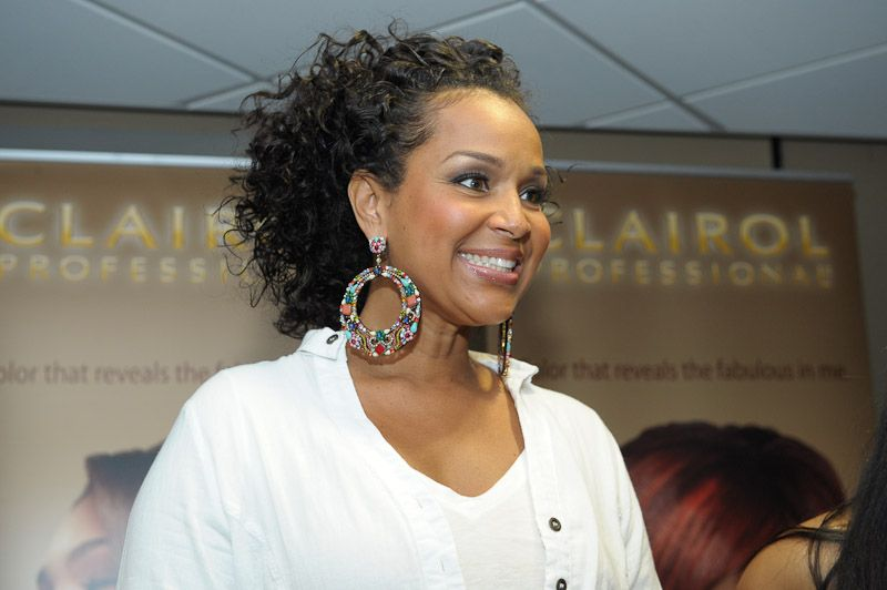 New Pictures Lisa Raye | The Constellation lisa raye bob hairstyle ...