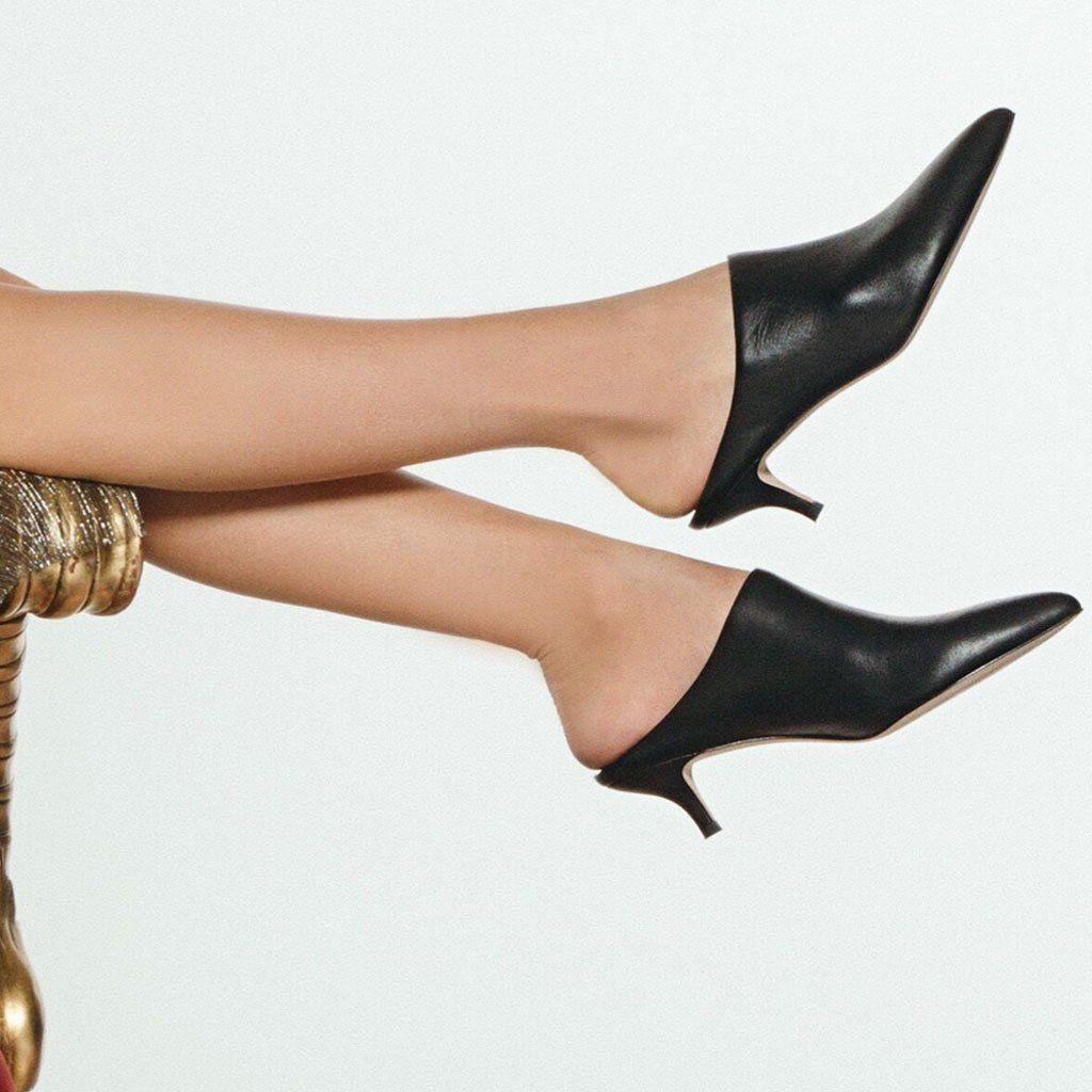 Pour La Victoire Womens Korrine Ankle Boot