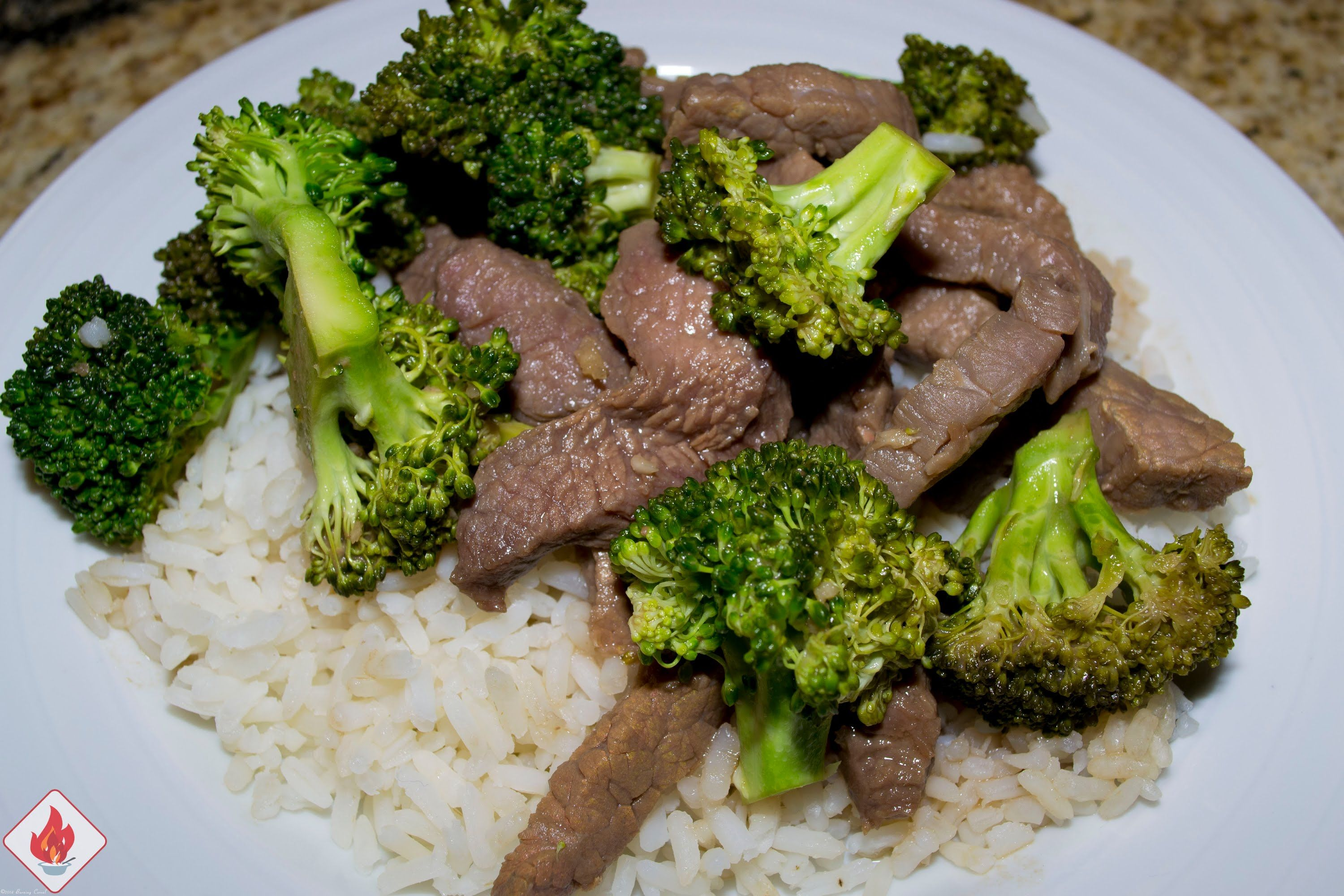 In this recipe I will show you a pretty easy slow cooker version that doesn't take too much energy to make. I see beef & broccoli on so many restaurant menus and trust me, I've eaten it from many of those restaurants. Some better than others and some not so great. Give this a try, it really is that easy. Slow Cooker Beef Broccoli - RECIPE