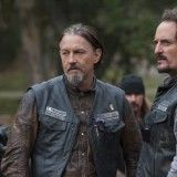 Sons Of Anarchy Season 6 Episode 12 You Are My Sunshine Photos Sons Of Anarchy Kim Coates Sons Of Anarchy Motorcycles
