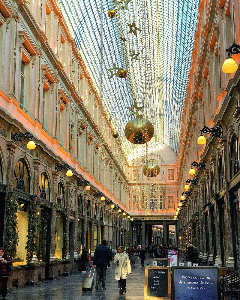 Travel Guide Galeries Royales Saint Hubert In Brussels Belgium Travel In 2020