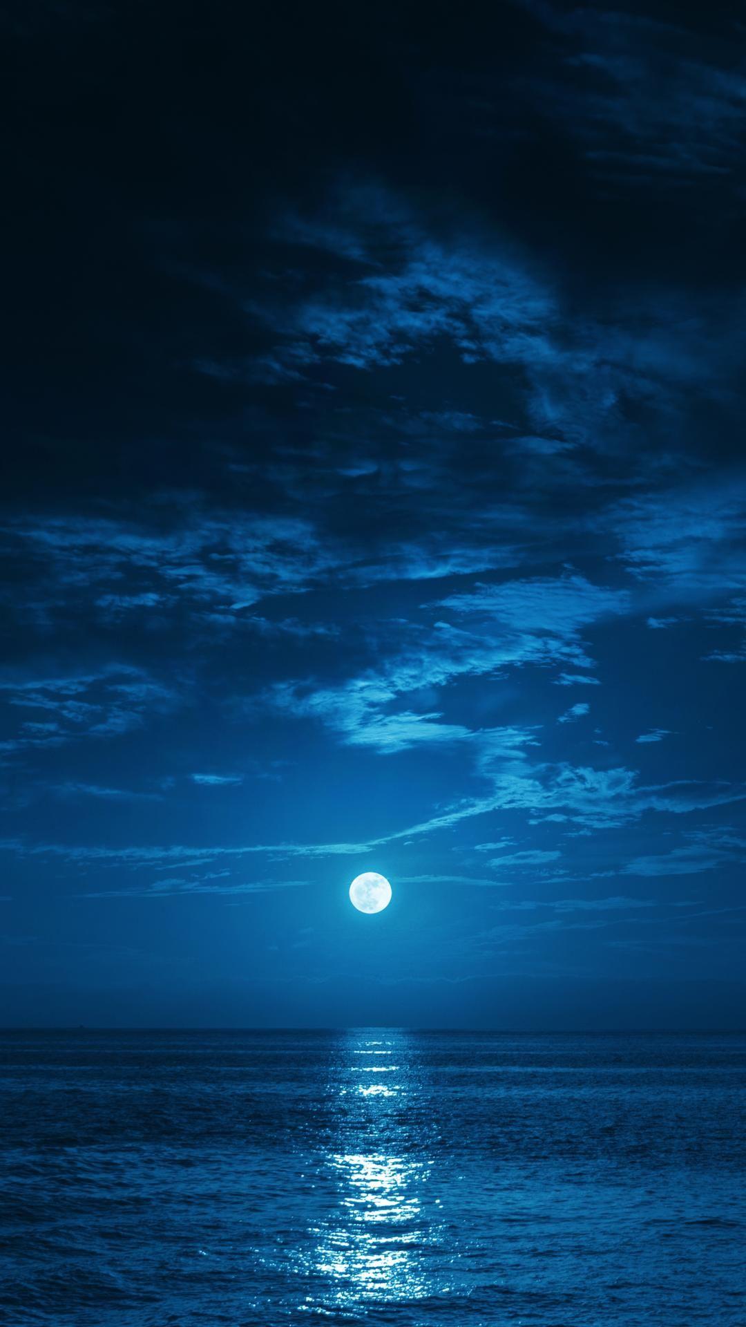 Phone Wallpaper Landscape Blue Ocean Sea 6wallpaper Wallpaprs Background Iphone Iphone11 Iphonewallpa Beautiful Moon Moon Photography Nature Photography