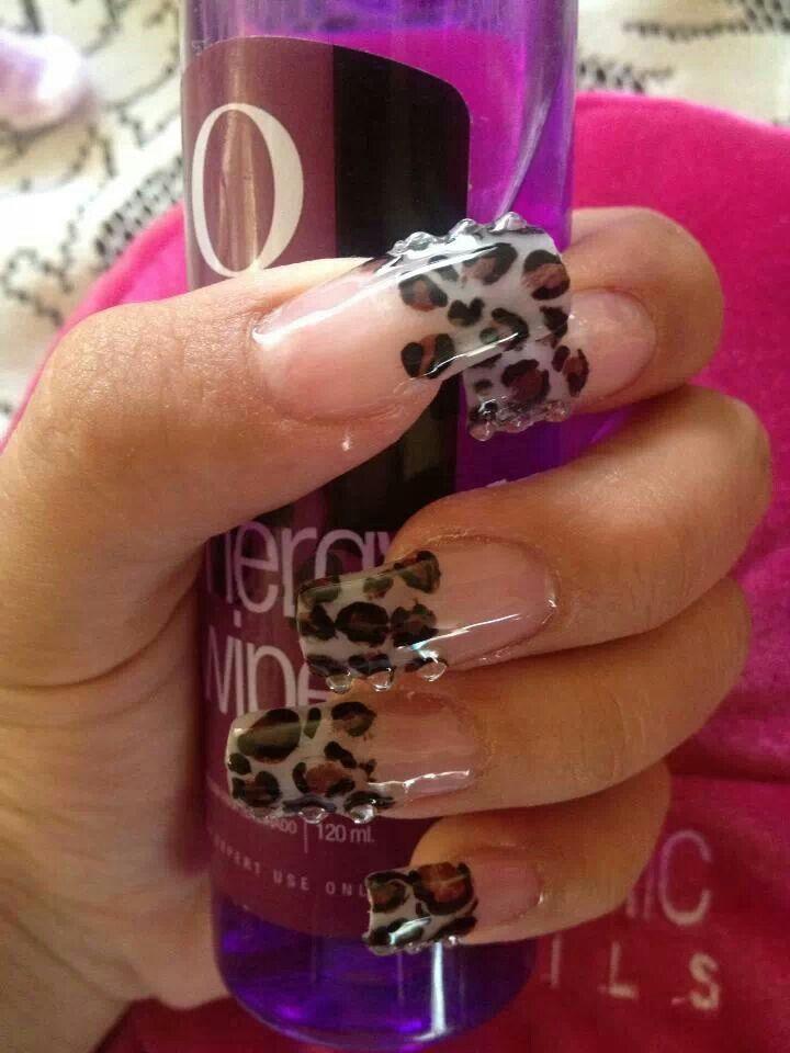 Nails leopardo