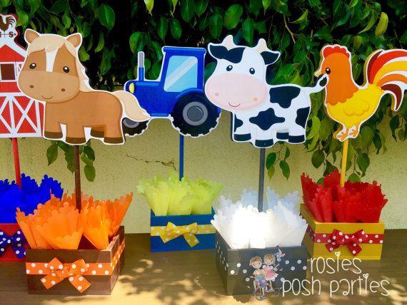 Farm Theme birthday party wood guest table centerpiece decoration Farm Animals Farm baby shower