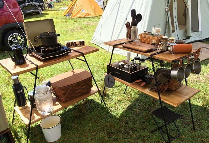 大人も子どもも快適に ロースタイルのススメ キャンプ用テーブル キャンプのアイデア キャンプ用キッチン