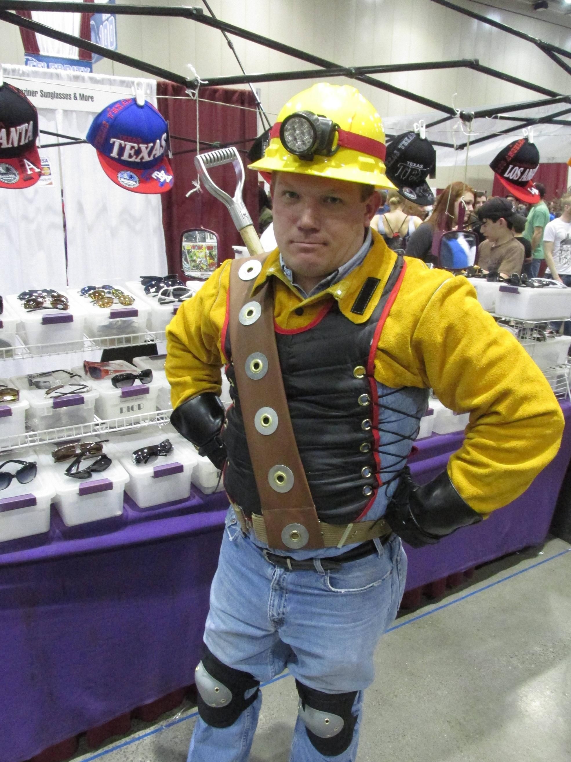The Shoveler! - Mystery Men This guy was AWESOME at Planet ...