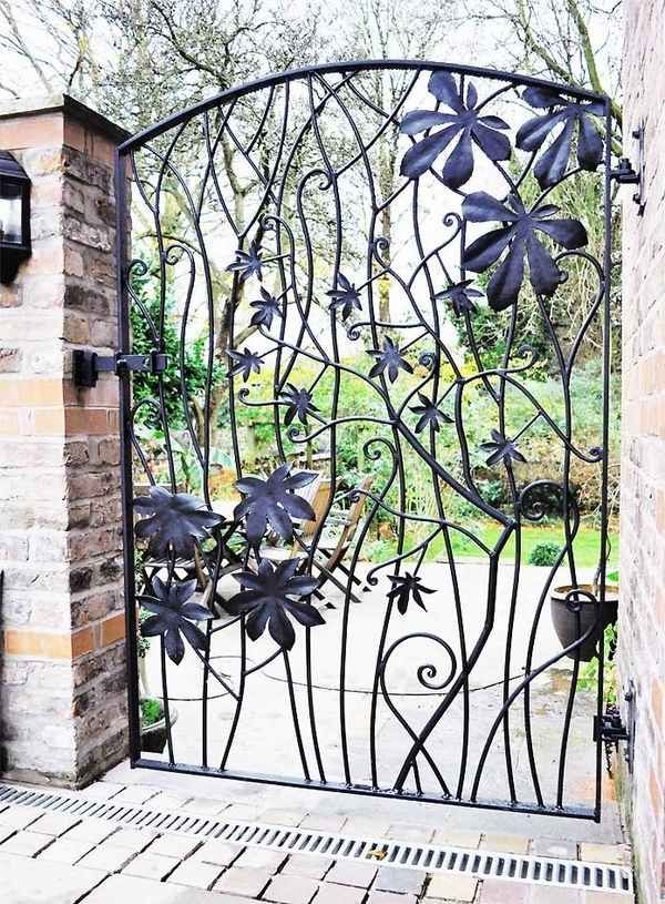 Superbe Metal Garden Gates Design Ideas Wrought Iron Gate Beautiful Leaves Pattern