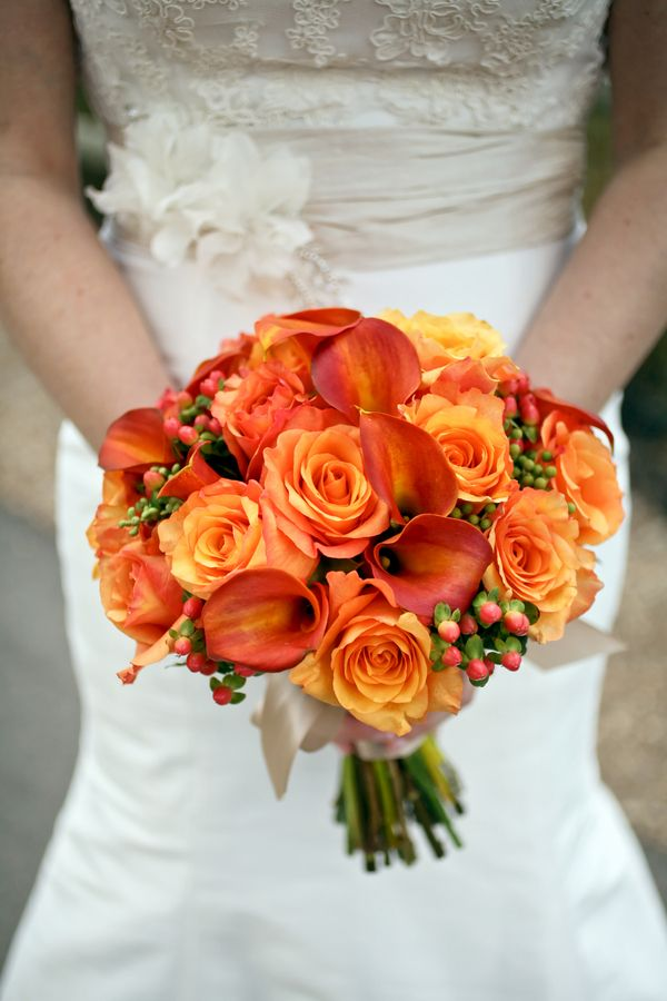 Simple Fall Bridal Bouquet