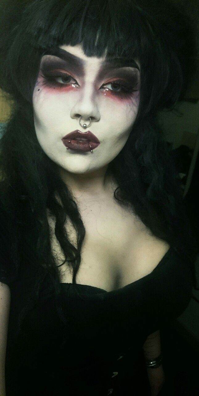 Makeup red Gothic